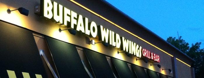 Buffalo Wild Wings is one of Orte, die Afi gefallen.