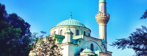 Levent Afet Yolal Camii is one of Canさんのお気に入りスポット.