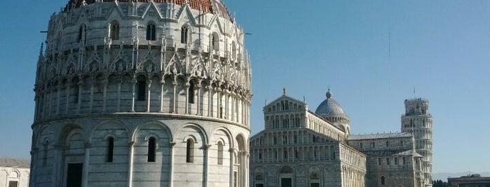 Piazza del Duomo (Piazza dei Miracoli) is one of Pisa.