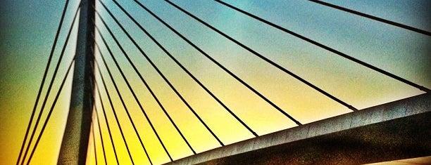 Ponte do Saber is one of สถานที่ที่ Vanessa ถูกใจ.