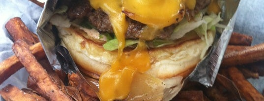 The Burger Joint is one of Locais curtidos por Justin Eats.