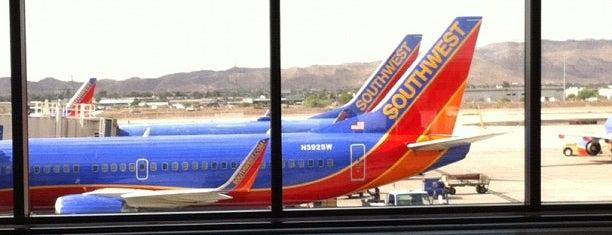 ท่าอากาศยานนานาชาติฟีนิกซ์สกายฮาร์เบอร์ (PHX) is one of Mission: Arizona.