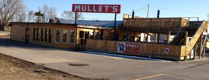 Mullets Restaurant is one of Drew's favorites.