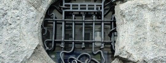 Palazzo Castiglioni is one of Milano Liberty & Art Noveau.