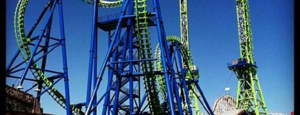 Six Flags New England is one of Lieux sauvegardés par Joshua.