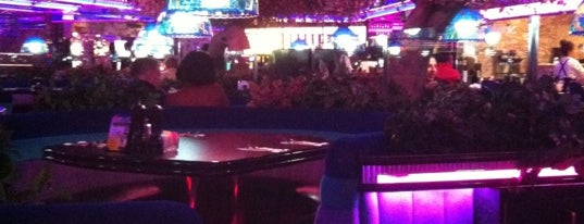 Peppermill Restaurant is one of LAS Vegas.
