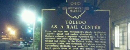 Amtrak - Toledo Martin Luther King Jr Plaza (TOL) is one of Lugares favoritos de Robbie.