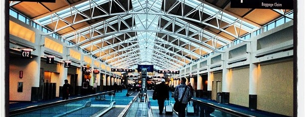 Aéroport international de Portland (PDX) is one of Airports~Part 1....