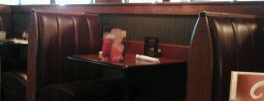 Ruby Tuesday is one of Rob's Liked Places.