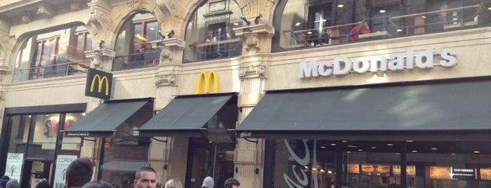 McDonald's is one of Orte, die Ka0nashi 🎀 Vero gefallen.