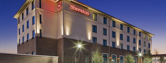 Sheraton Stonebriar is one of สถานที่ที่ Girish ถูกใจ.