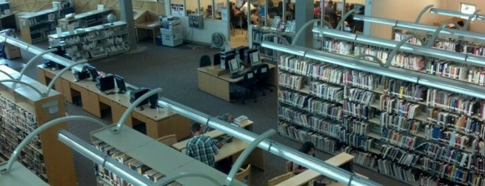 San Diego Public Library - Mission Valley is one of Posti che sono piaciuti a Alfa.