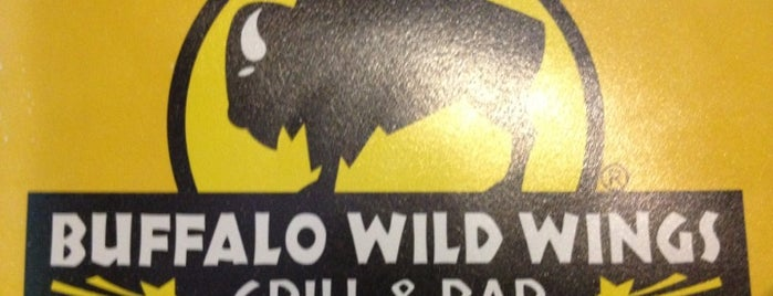 Buffalo Wild Wings is one of Tyler 님이 좋아한 장소.