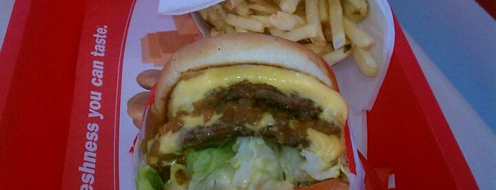 In-N-Out Burger is one of San Diego's 59-Mile Scenic Drive.