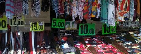 Mercato delle Cascine is one of 101 posti da vedere a Firenze prima di morire.