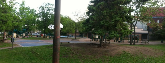 Whittier Park is one of Twin Cities Kid Friendly.