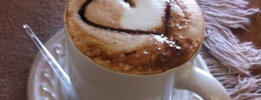 Cafeteria Bourbon is one of Locais curtidos por Ivone.