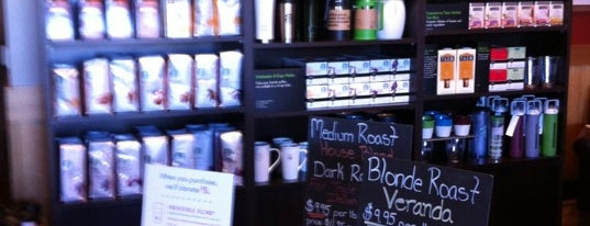 Starbucks is one of Orte, die Carissa Marie gefallen.
