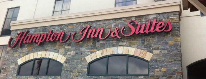 Hampton Inn & Suites is one of Lugares favoritos de Kyle.