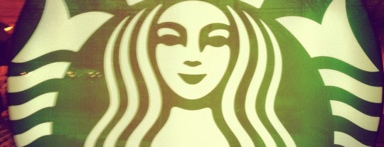Starbucks is one of Lieux qui ont plu à Tiffany.