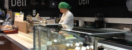 Stockmann Deli is one of Питер.