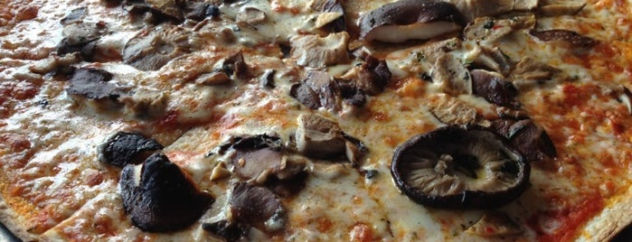 Vezzo Thin Crust Pizza is one of Pizza-To-Do List.