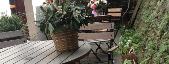 Cafe Vodina is one of İstanbul'da kahve molası...