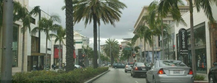 City of Beverly Hills is one of Lugares favoritos de Héctor.