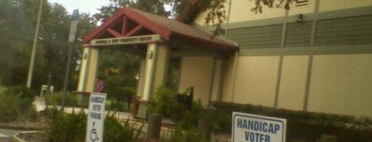 Hunt Community Center is one of City of Tampa Parks.