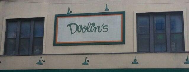 Doolins is one of Lieux qui ont plu à Brandon.