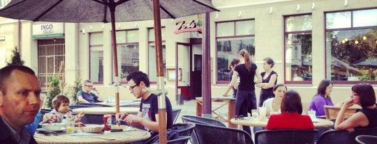 Zoe's is one of Lugares guardados de Jurgis.
