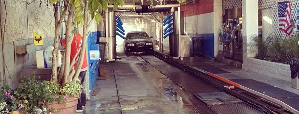 Mission Car Wash is one of Tempat yang Disukai Glenda.