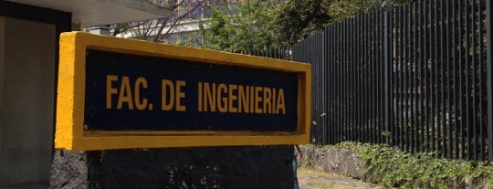Facultad de Ingeniería is one of Lieux qui ont plu à Arturo.