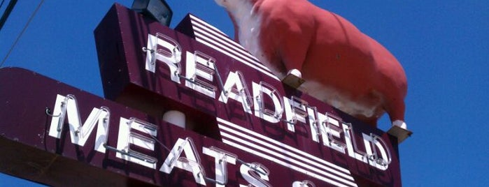 Readfield Meats and Deli is one of Posti salvati di Pocahontas.