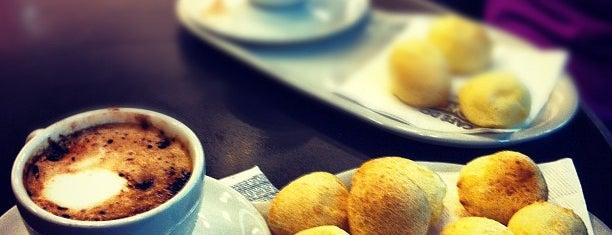 Café do Ponto is one of Orte, die Vinicius gefallen.