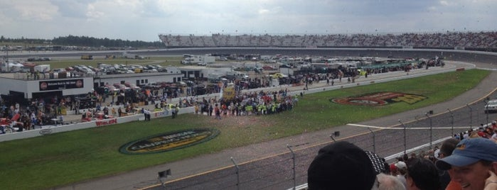Rockingham Speedway is one of Trips south.