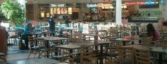 West Towne Mall Food Court is one of Lieux qui ont plu à Jennifer.