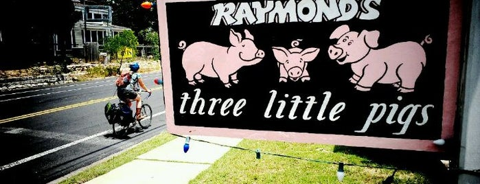 Three Little Pigs is one of Food Trucks.