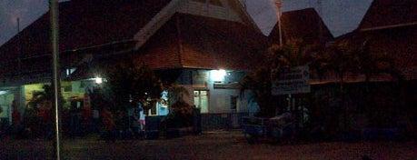Dinas Kebakaran is one of Government of Surabaya and East Java.