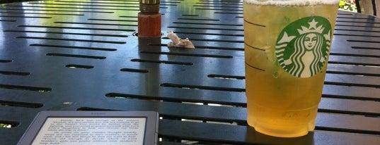 Starbucks is one of Posti che sono piaciuti a Jen.