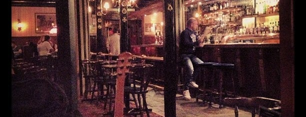 The Bishop's Arms is one of Lugares favoritos de Michael.