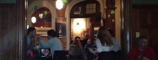 The Oldest Public Bar is one of Noche BAIRES.
