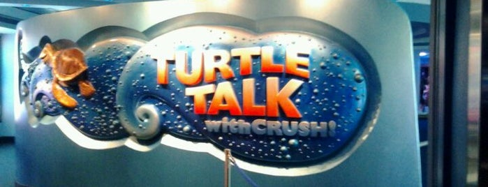 Turtle Talk with Crush is one of Lieux sauvegardés par Teri.