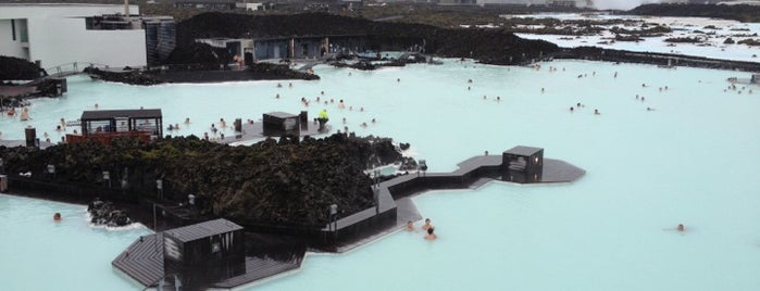 Bláa lónið (Blue Lagoon) is one of Iceland Grand Tour.