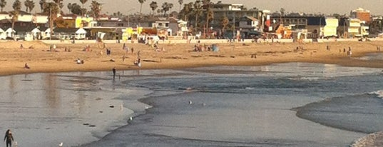 Pacific Beach Boardwalk is one of InSite - San Diego.
