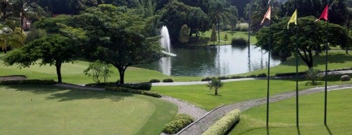 Club de Golf Los Tabachines is one of Posti che sono piaciuti a Fersh.