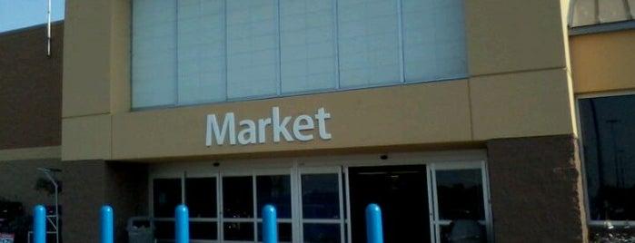 Walmart Supercenter is one of Orte, die George gefallen.