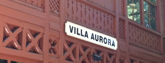 Villa Aurora is one of Lugares favoritos de Helena.