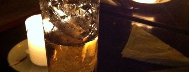 Teta Jazz Bar is one of A 2 com Camila.