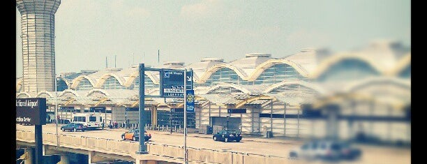 Ronald Reagan Washington National Airport (DCA) is one of Top Airports in the United States.